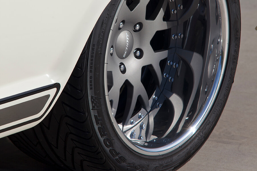 Custom Schott vector billet wheels with Michelin pilot sport tires