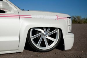 THE WAY THE FENDERS CUT ON THESE NEW CHEVY TRUCKS TUCK THOSE 26-INCH INTROS OH SO NICELY.