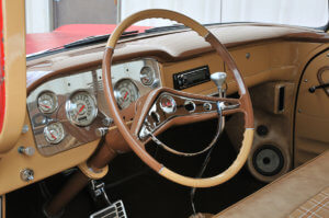 Steering wheel and vintage chrome instrument panel on Jeff Crumpler's custom 1958 GMC 100