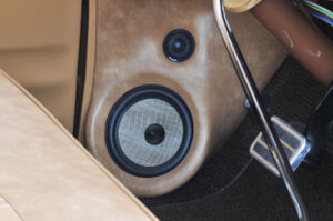 6.5-inch Focal Flax separated component sets in the kick panels