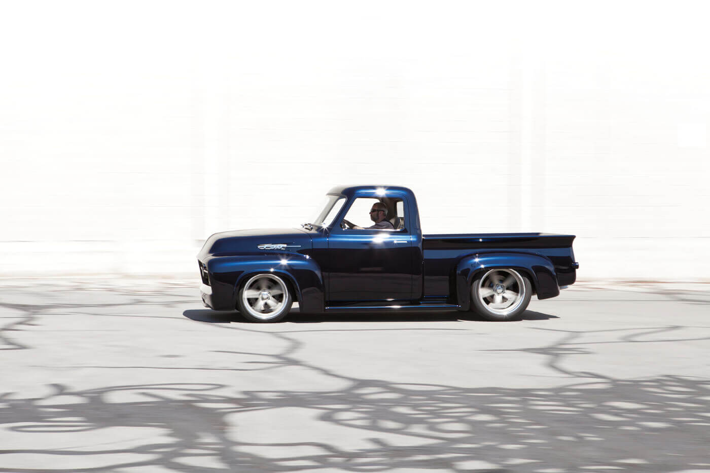 Farm Superstar: Kindig-It Design\'s \'54 Ford F-100 | Street Trucks