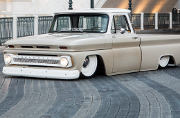 Baige Lowriding C10 with white interior rims