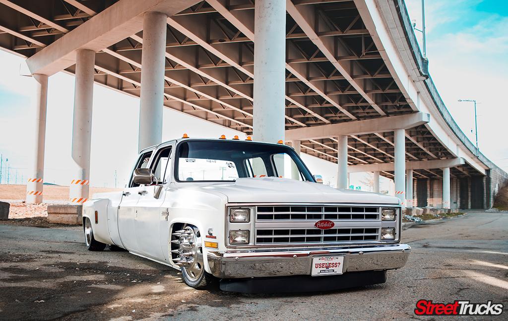 Ace of Spades – 1987 Chevy C-30 dually | Street Trucks