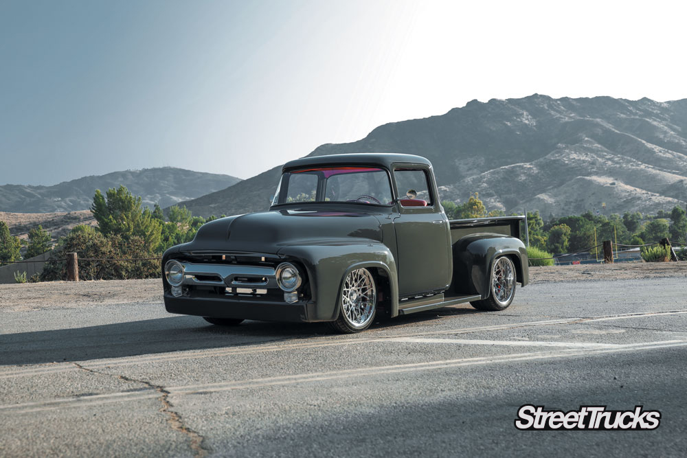 Grey ford pick up truck