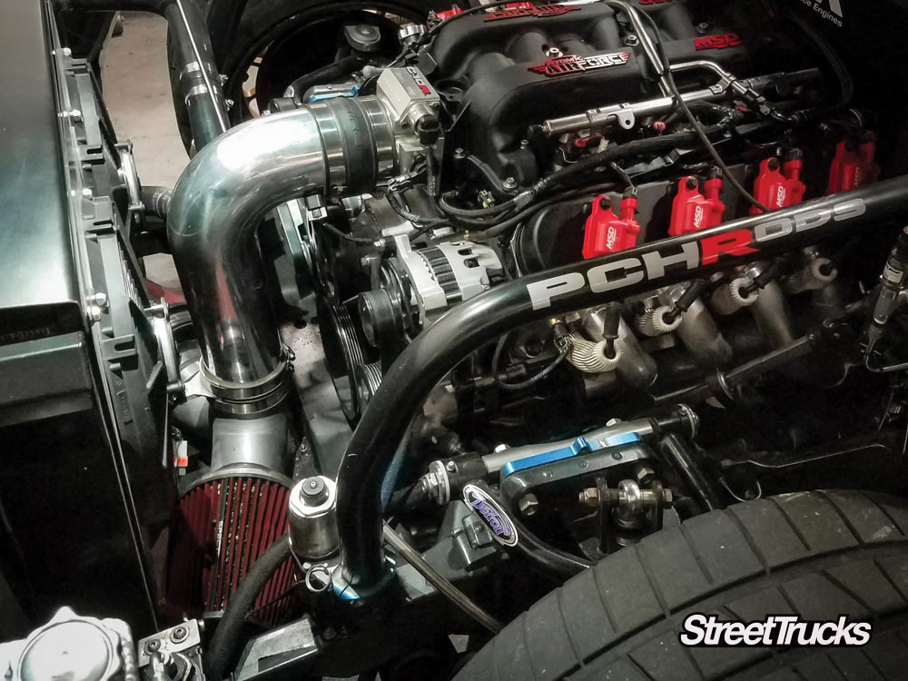 LS motor Spectre Performance air intake