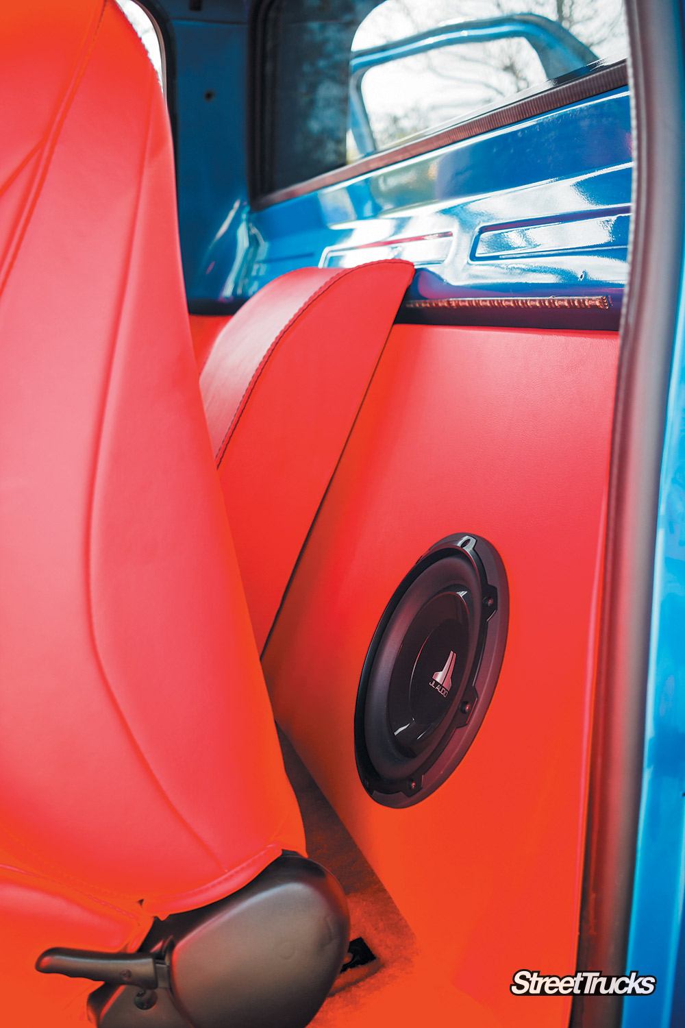 JL audio in a bagged 82 Chevy
